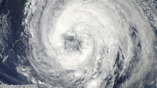20110902.01.TyphoonTalas.jpg
