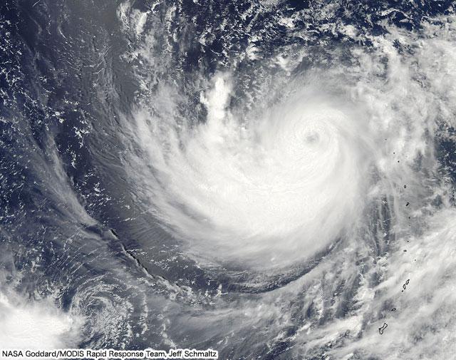 20110717.01.Ma-on-MODIS.jpg